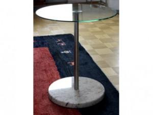 Tisch mit Glasplatte - de greiff design